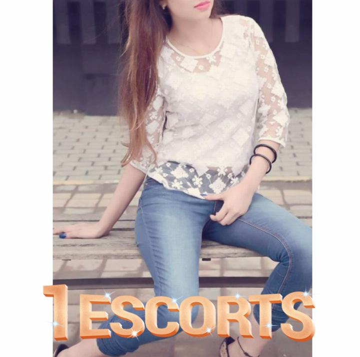 Desire to fulfill Lucknow Call Girls Escort Services Lucknow Escorts HouseWife Phone Number -1