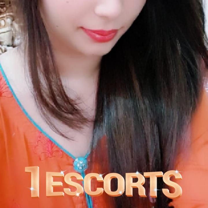 Date Heennaa Full day joy to your Lovlylife Lucknow Escort Call Girl -1