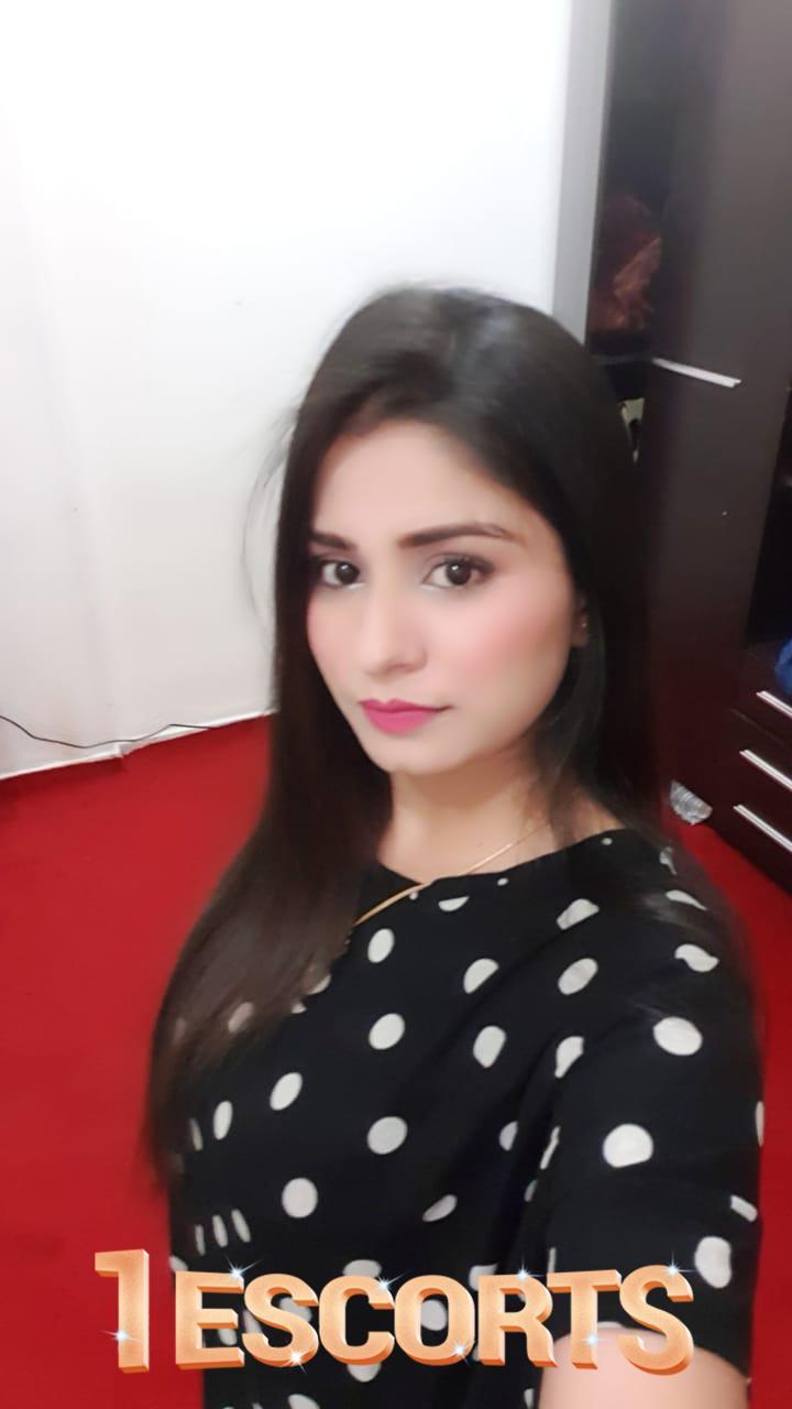 Taniya Dixit Independent Beauty Girl Service In Chennai Escorts -1