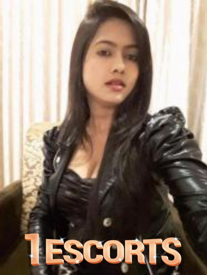 Surat VIP escort service in all Surat -1