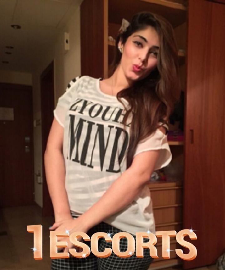 Luxury pleasure Aankitaa Lucknow Escorts Real Lucknow Call Girls -1