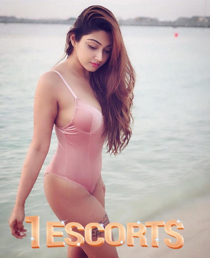 Exclusive Arpita Call Girls in Mumbai  -1