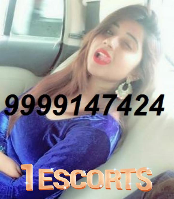 Riya - Hot Independent Indian Lady Available for Hotel Servies -1
