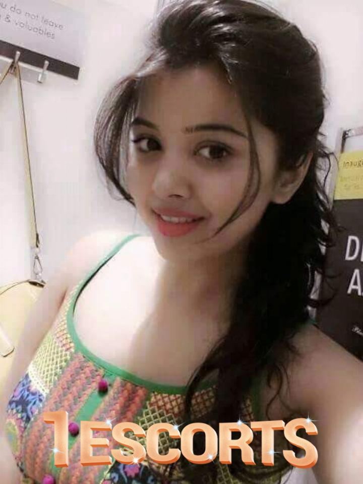 Hygiene female escorts call girls decent services in hyderabad Welcome To Elite Top Model Escort -1