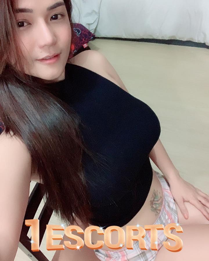 Nicole -3
