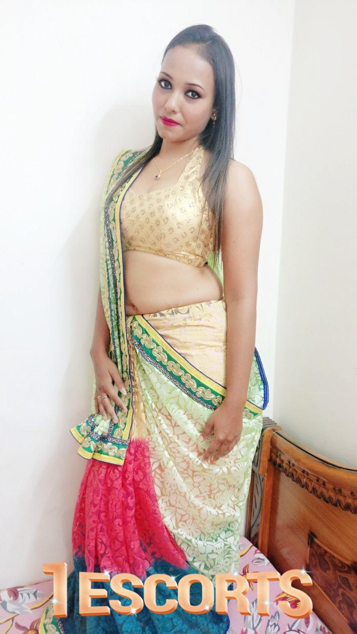 HOUSEWIFE AUNTES COLLEGE GIRLS IN AURANGABAD -1