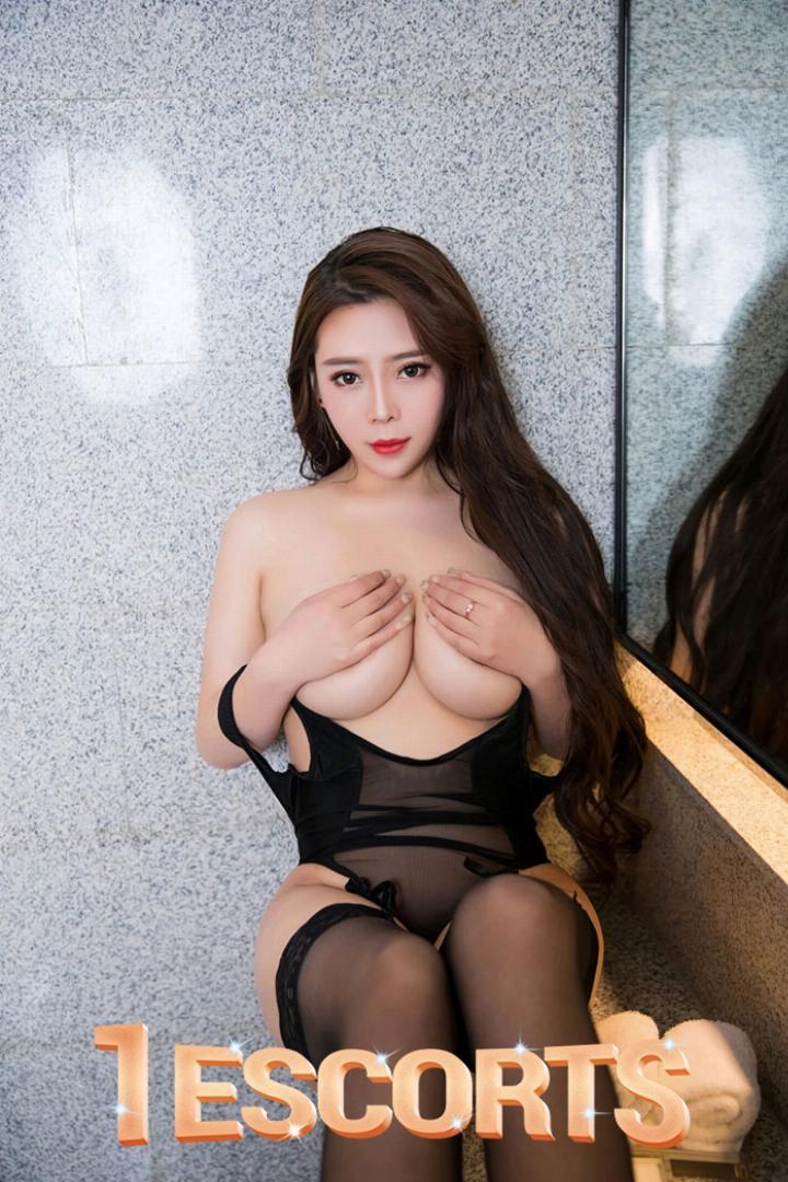 Chloe hong Kong escort -3
