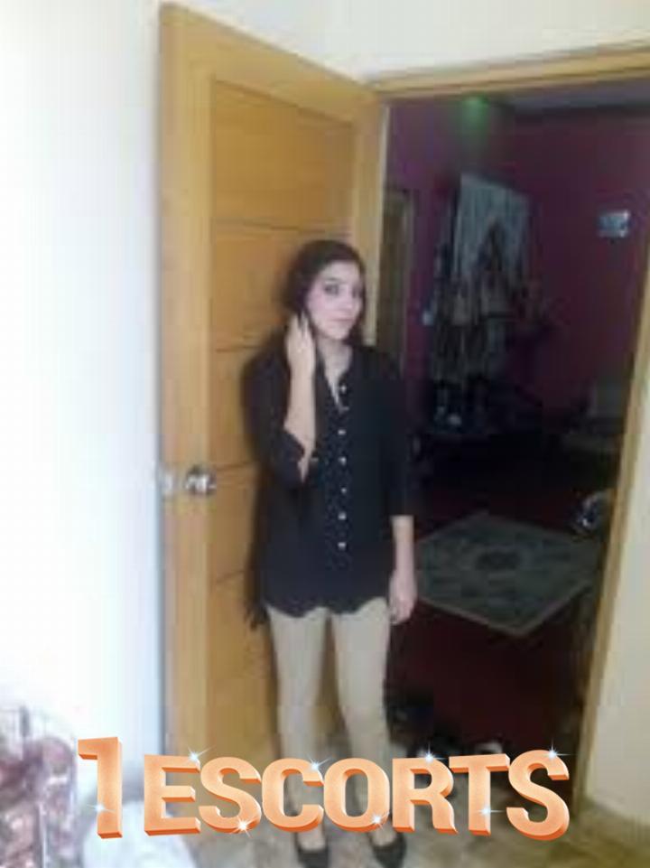 Lahore escorts -1