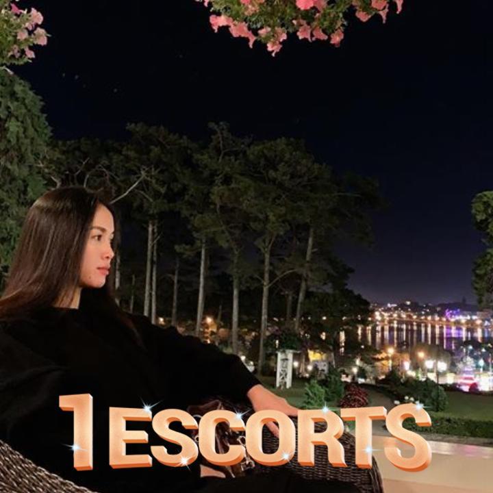 Sexy girl Oralie sweet romantic in Saigon  -5