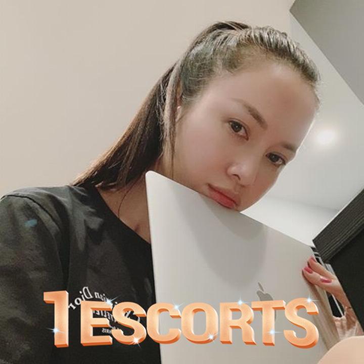 Sexy girl Oralie sweet romantic in Saigon  -6