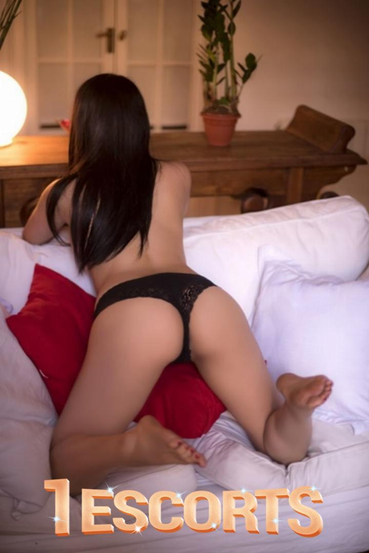 Dilek Independent Turkish escort -2