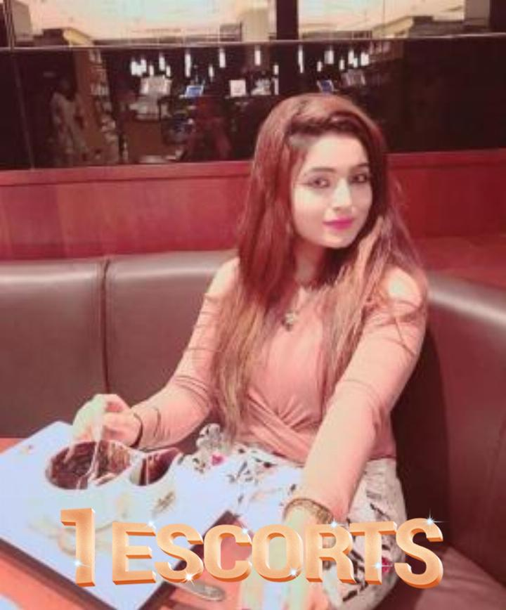 Complete Service with Real -College Girls -Trustworthy female Escorts From Chembur -3