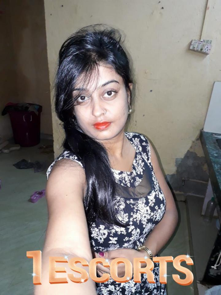 Top-Class Independent Professional Call Girl Available in Thane  -1