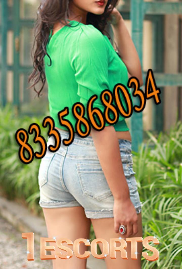 Kolkata Escort Service in KYD STREET near HOTEL Aafreen Tower  kolkata call girls  -1