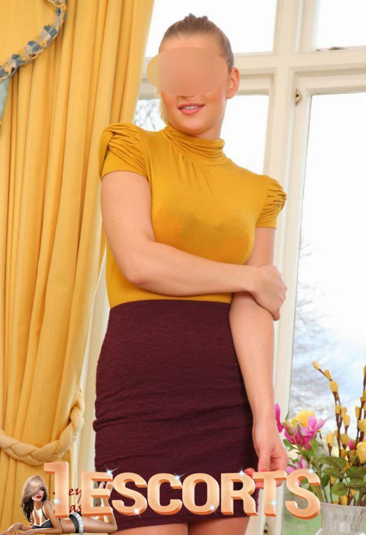 Zoey Brasov -1
