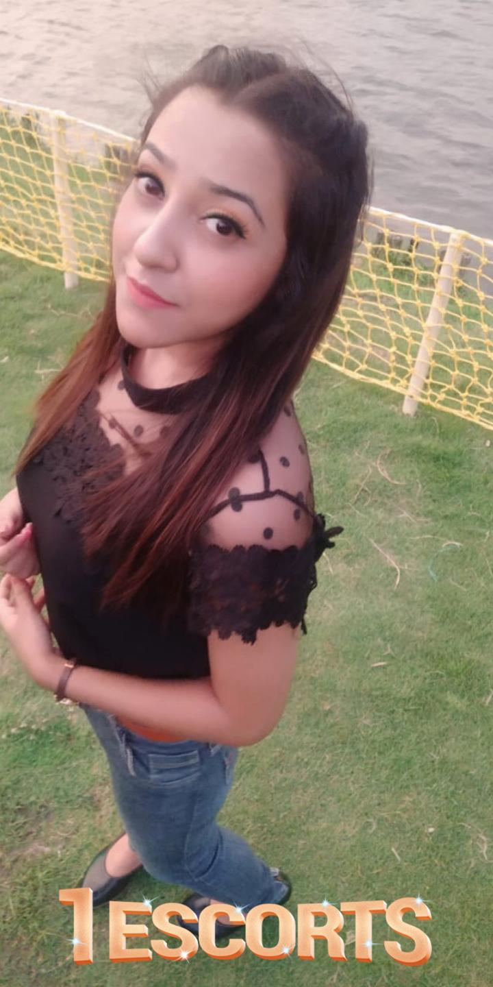 Soniya Singh independent vip model high profile service  -1