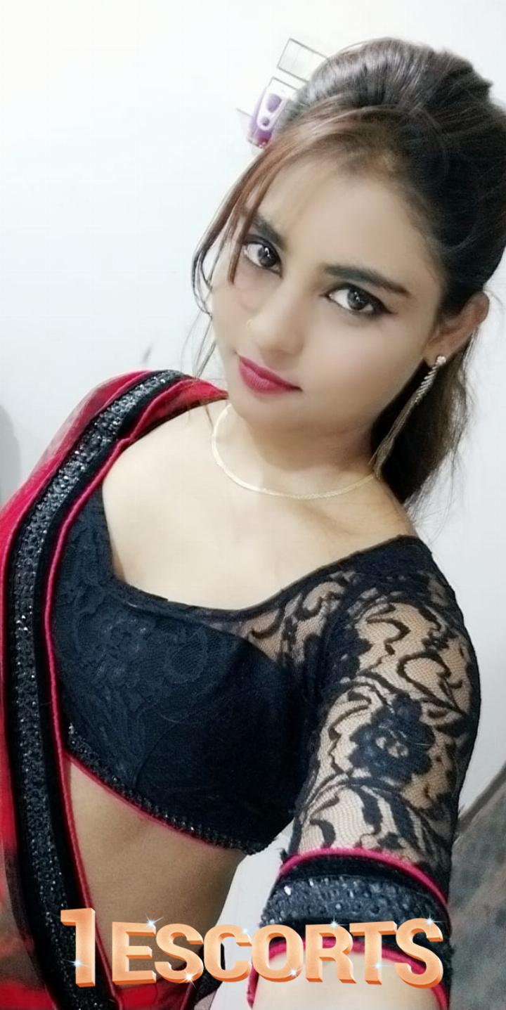 Class escorts service in Thane  98677-36629 -1