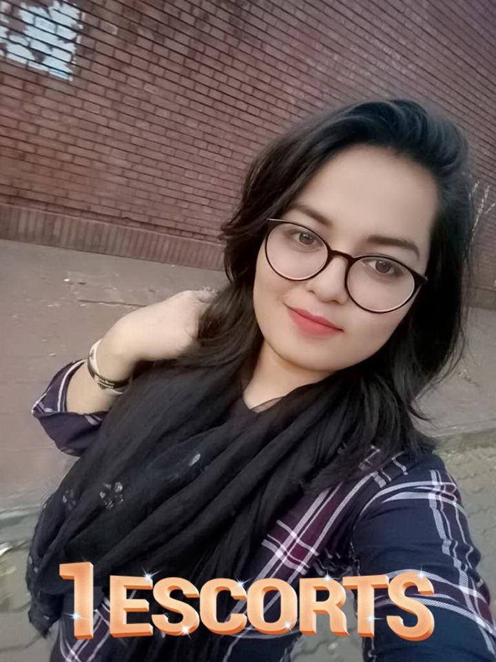 Bangladeshi Call Girl Service -3