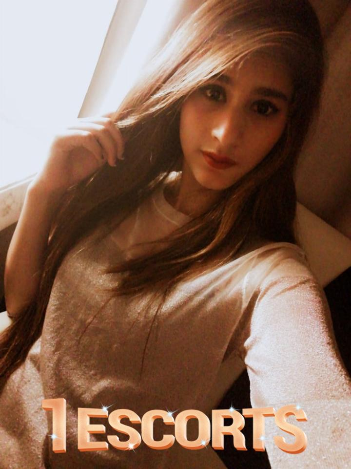 Low Rate Indian Girls Available for incall and out call -3