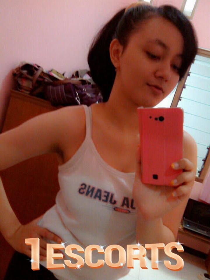 Noida TOP MODEL IN WITH OUT condom blowjob Noida Escorts Services -5