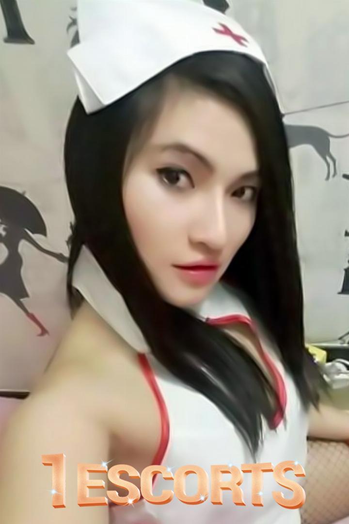 Lucy Thai Bangkok Hot Escorts -1
