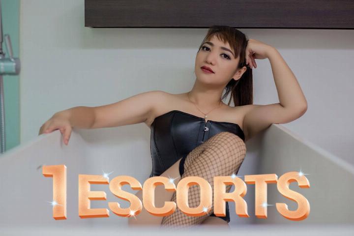 Lucy Thai Hong Kong Hot Escorts -1