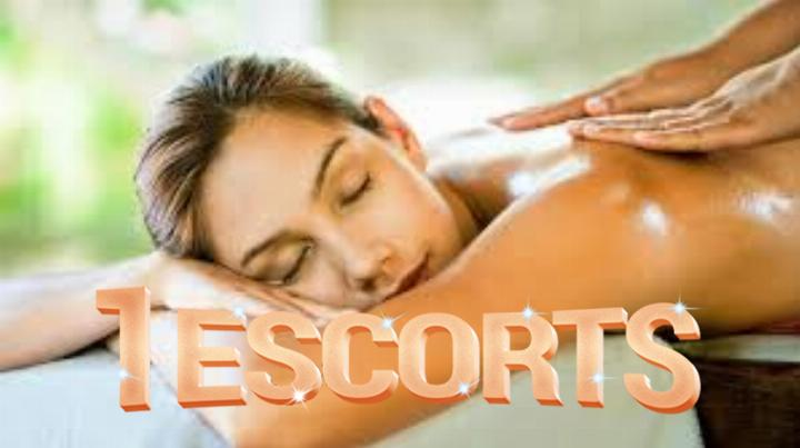 Escort service in zirakpur cash on hand service body massage and Full service available mr RAAZ -1