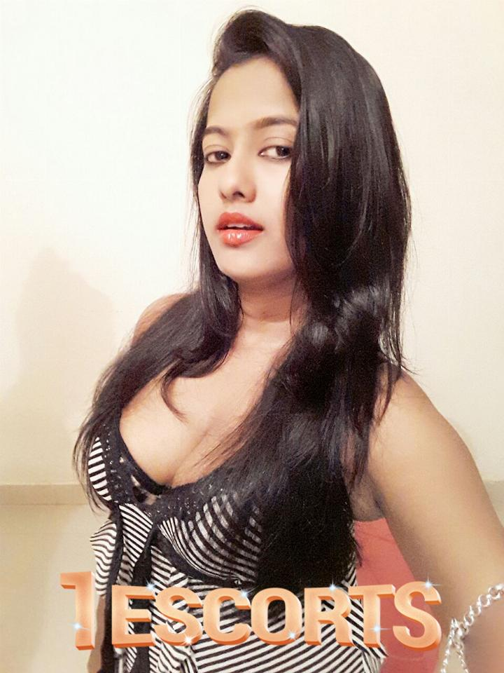 Hot and sexy independent female escort service in Thane cheap Rate  -1