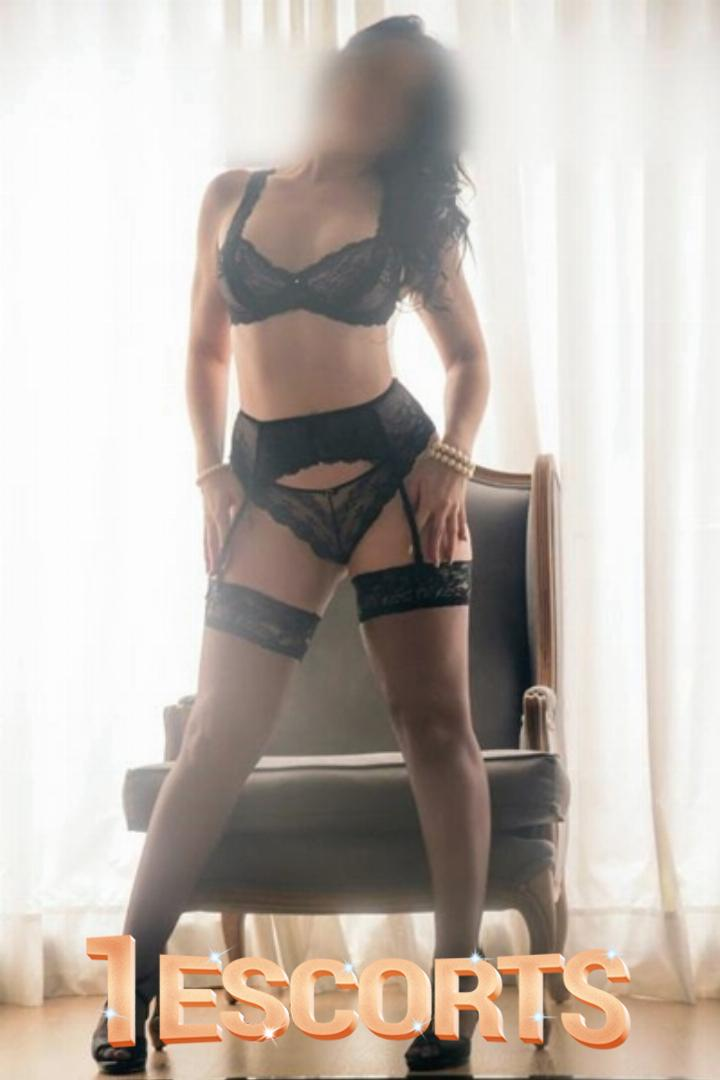 Independent Female Escort Tugba Senturk -4