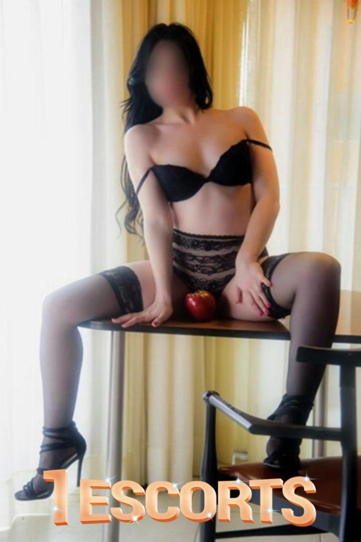 Independent Female Escort Tugba Senturk -6