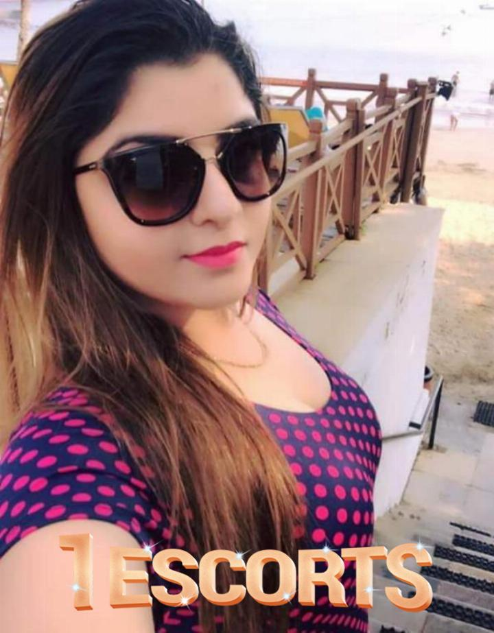 Enter national escorts service Ahmadabad VIP clients call anytime VIP girl available sg highway  -1