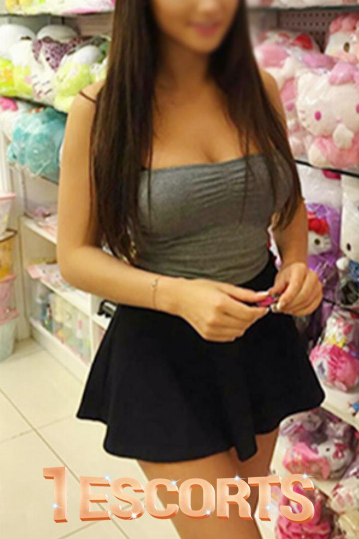 MODELS ESCORTS SERVICES ONLY 15OOO FULL NIGHT 25OOO -2