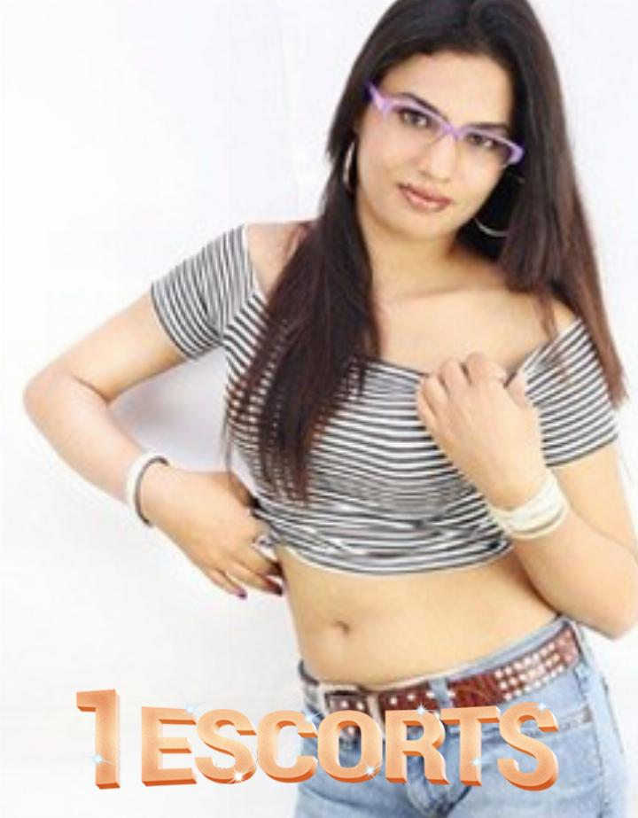 independent call girl available in dehradun mussoorie haridwar rishikesh -1