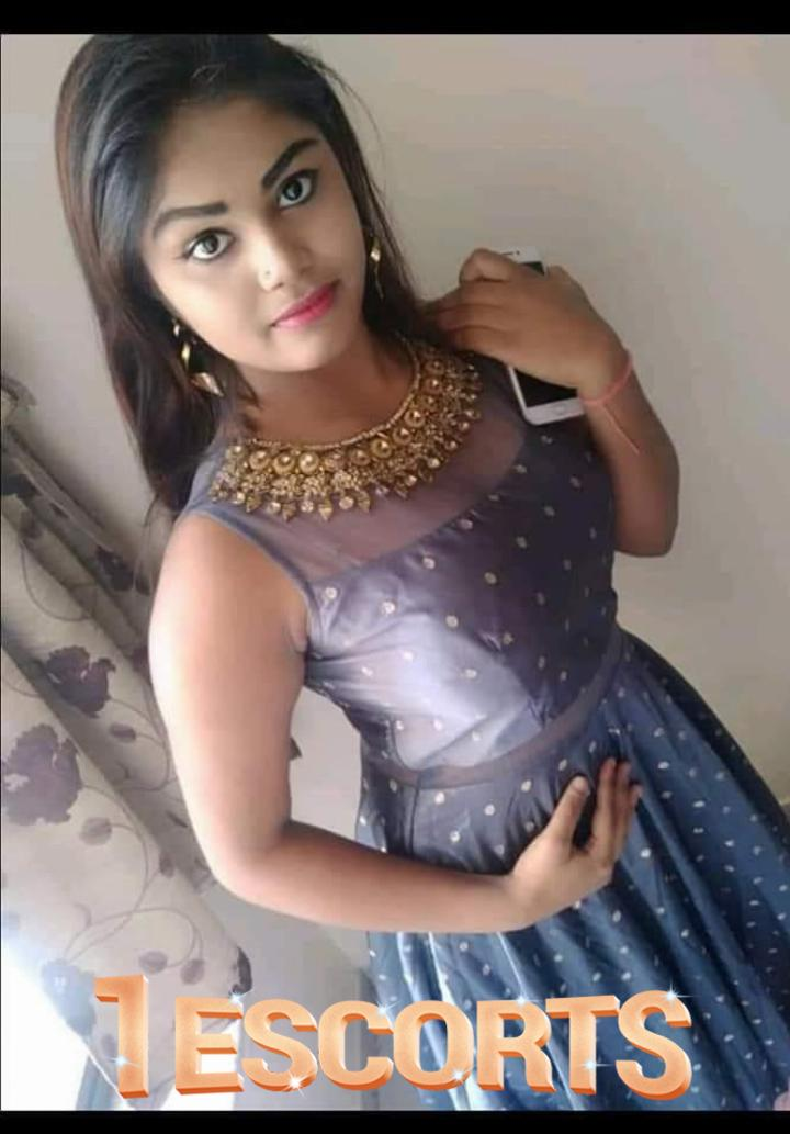 Aayushi Patel good looking girls Thane VIP -2