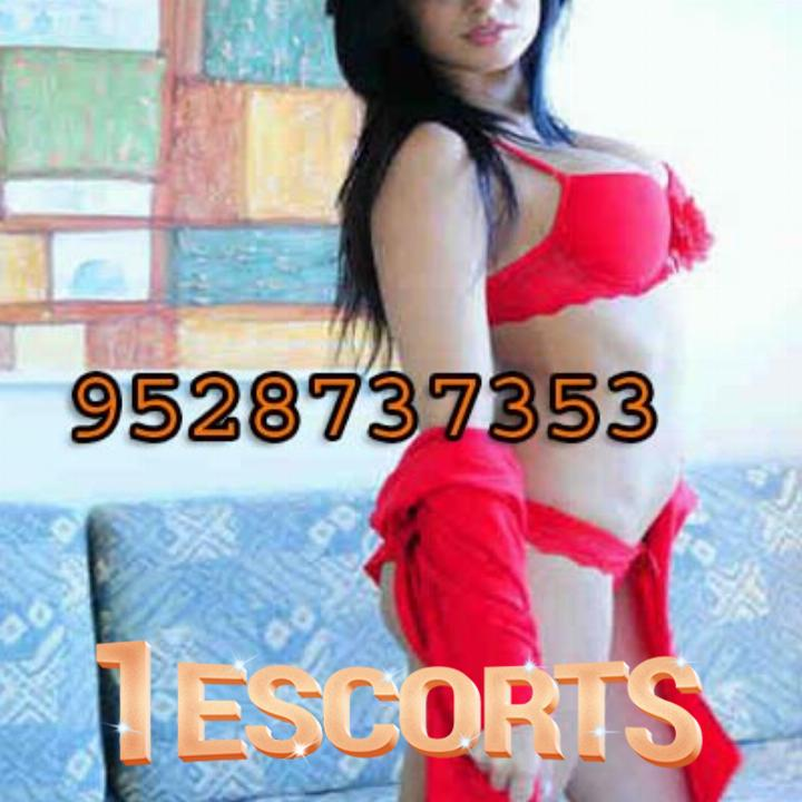 Mussoorie Escorts -Dehradun - High Profile Call Girls Beautiful Escorts Girls Services  -1