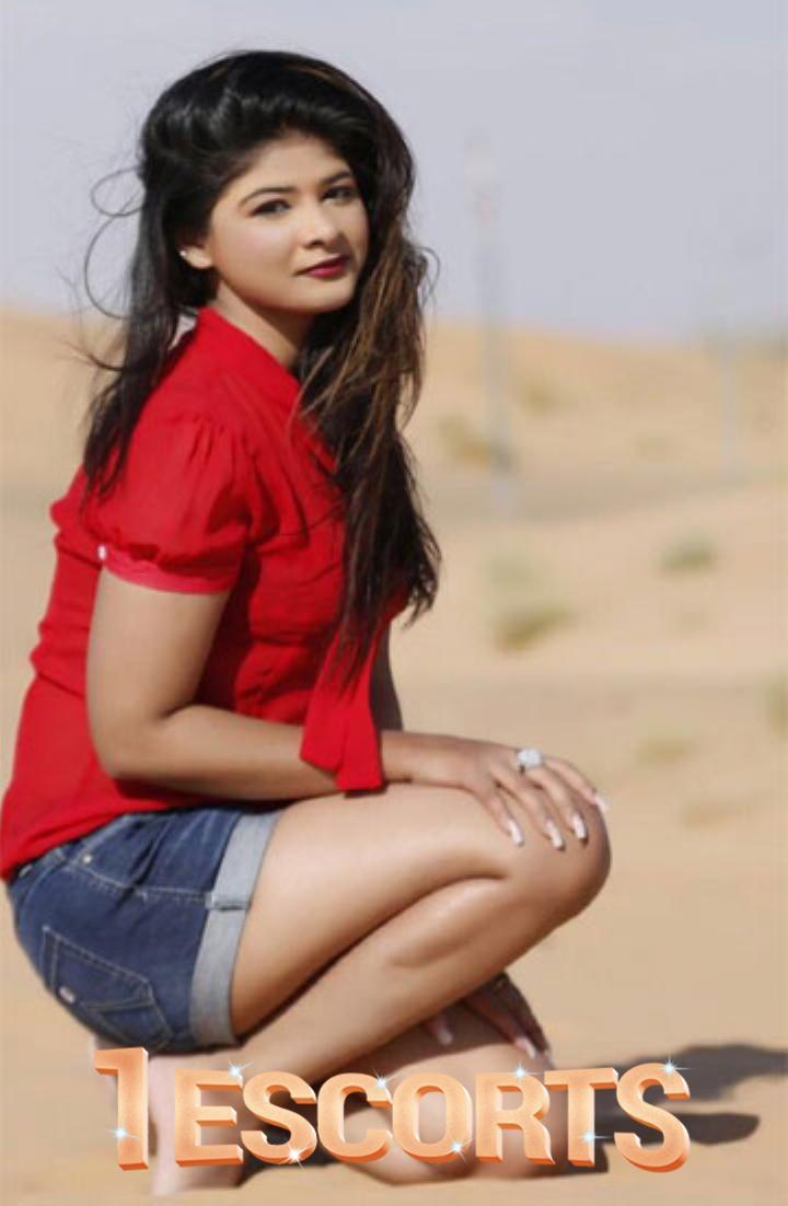 Incall Escorts Service in Bur Dubai  Miss Geeta 971563954198  Indian escorts in dubai -2