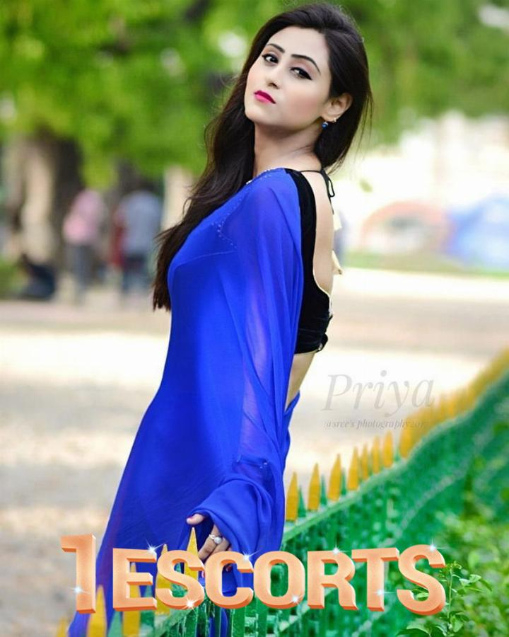 Call 8966889211 Best Escort Service in The City -1