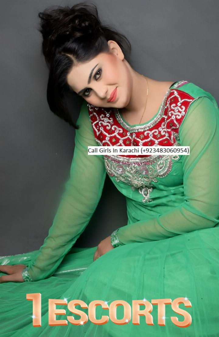 Call Girls In Karachi 923483060954 -1