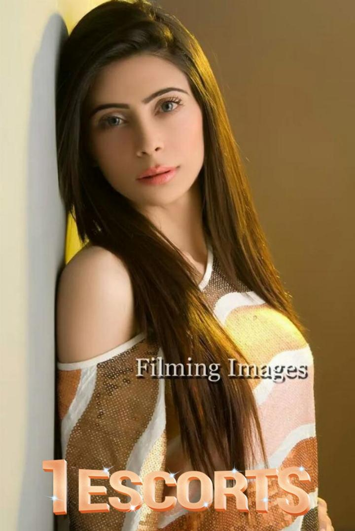 Imran Here Provide Escort-Dating 0315-555-7706Door Step Call Girls Service In Karachi Pakistan -10
