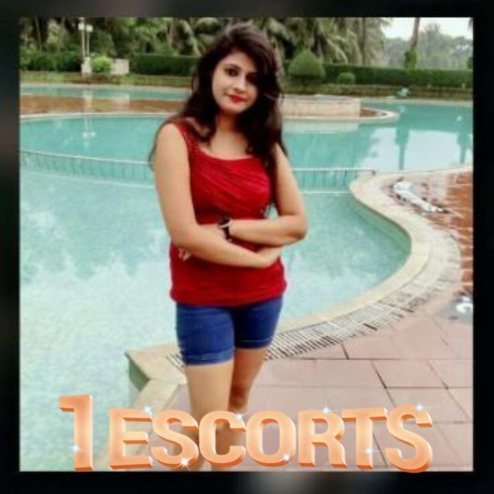 RADHIKA ESCORTS IN THANE WEST ALL 3- 5- 7- STARS HOTELS SERVICESS PROVIDE -3