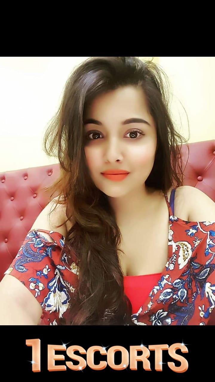 Noida escort girls -1