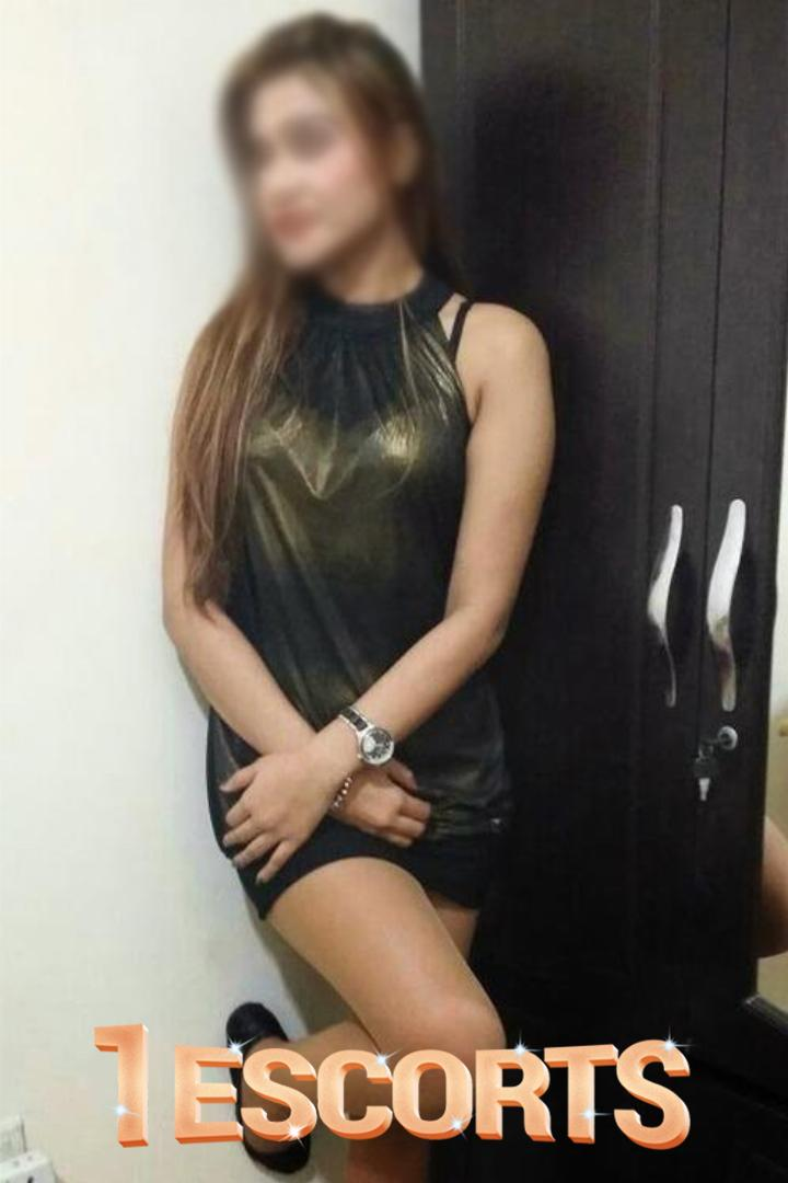 if You feeling bore Try Sharjah Escort Service -1