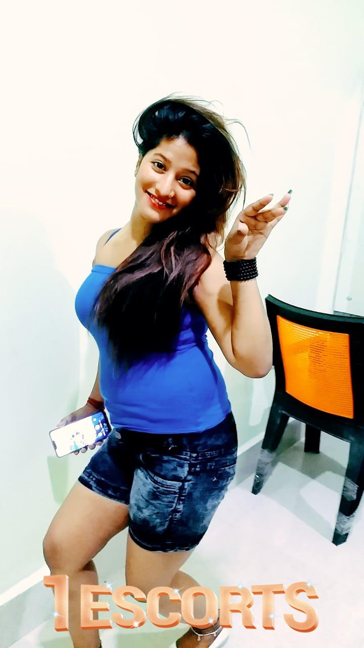 Siliguri call girl Scott service -1