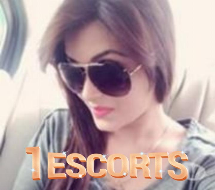 Call  Megha  07047258563  Independent Escort Service Siliguri -5