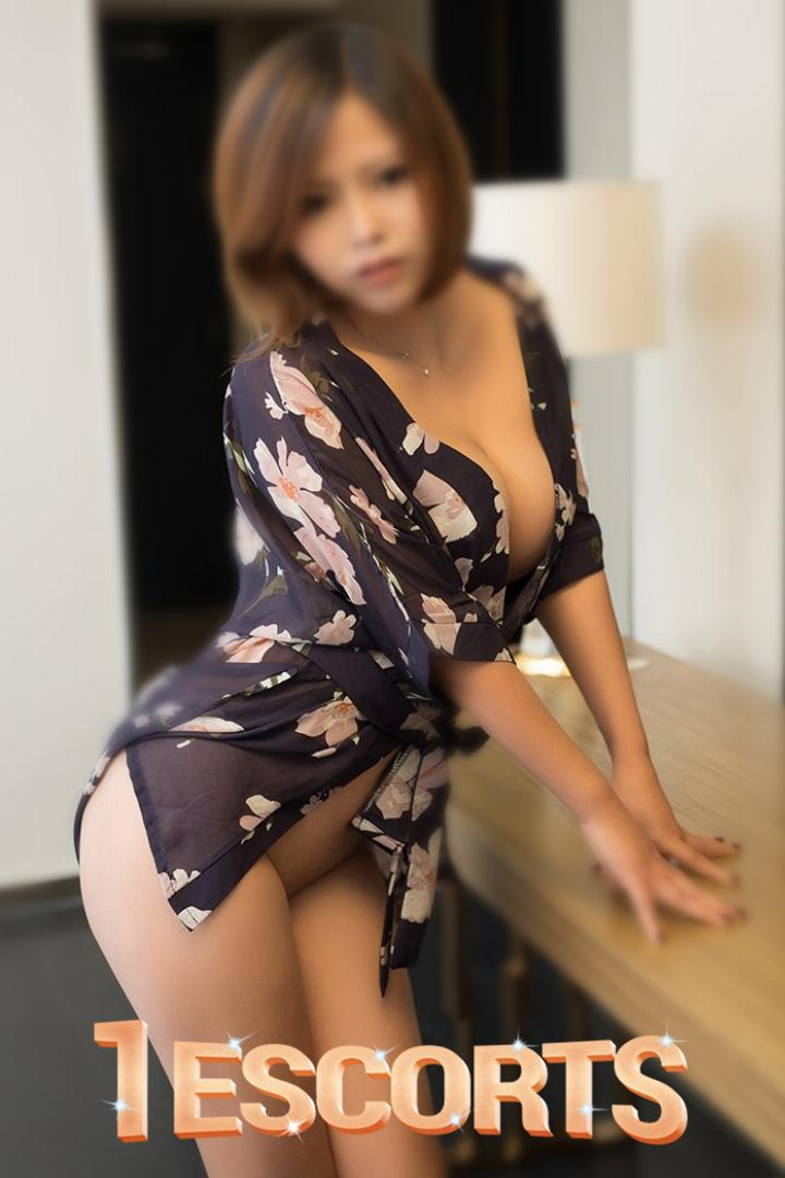 New York Asian Amour Outcall -8