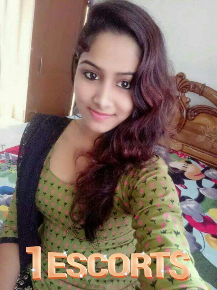 7319513156 Call -   SREYA   for  Siliguri  safe  Satisfied call girl service  -9