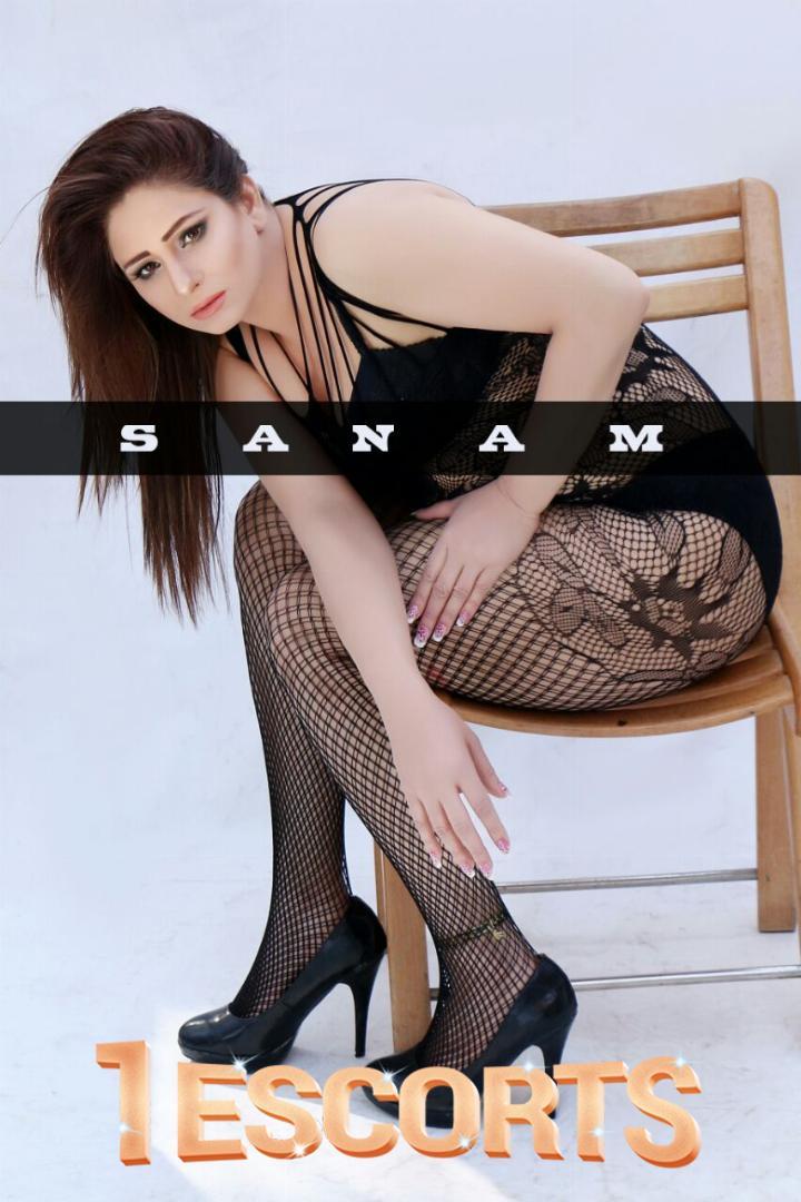 Sanam Khan -2