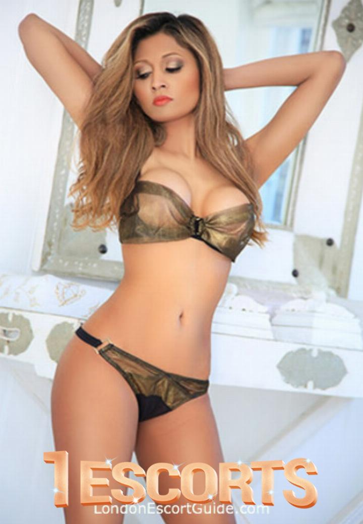 young ladies Escorts in Muscat -2