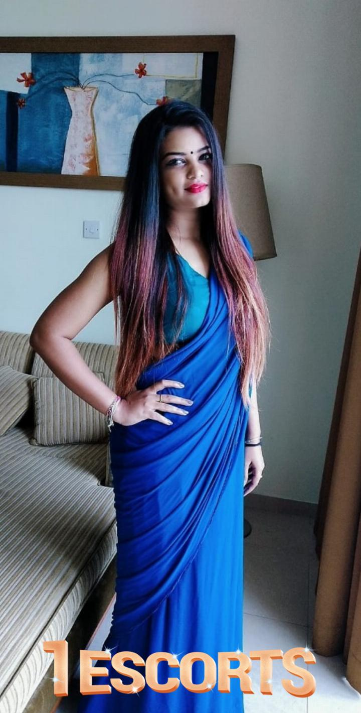 NUDE CAM SEXPHONE SEX WITH INDIAN LADY ALISHA -1