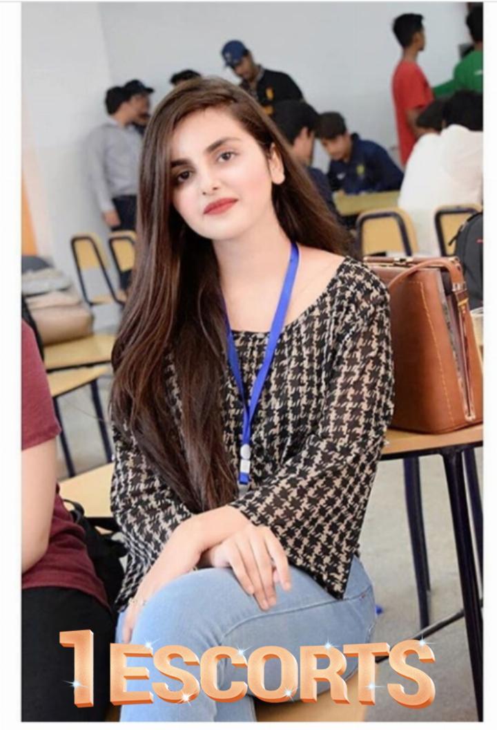 Karachi Models escorts For Night Parties -1